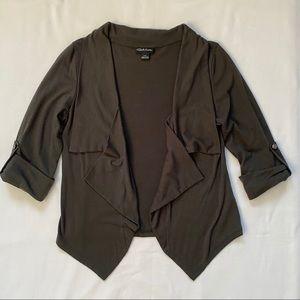 3/20$ 3/4 Sleeve Olive Green Cardigan